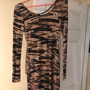 Never worn H&M mini dress size 4